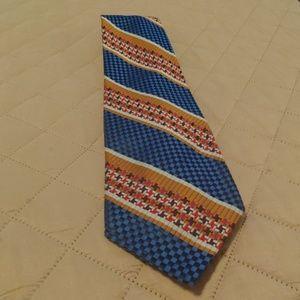 Cervantes tie